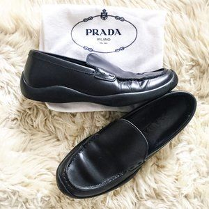 Prada black leather Loafer on rubber sole EU 38.5